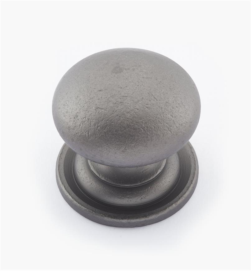 02W1563 - Bouton bombé en laiton de 1 3/8 po × 1 1/4 po, fini étain