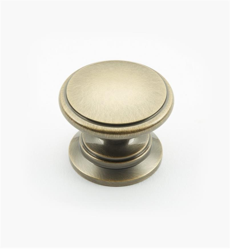 "02W3032 - Antique Brass Suite - 1 1/4"" x 1"" Round Brass Knob"