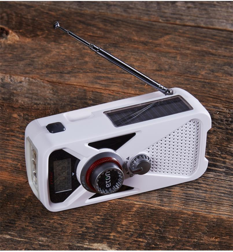 KC522 - Eton Crank Emergency Weather Radio
