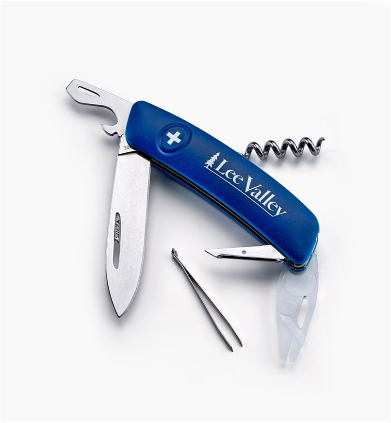 09A0326 - Swiss Multi-Tool Tick Remover