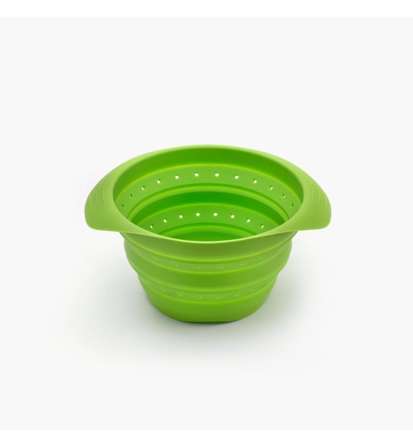 EV407 - Small Collapsible Colander