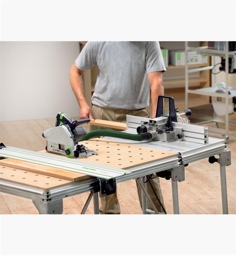MFT/3 Multifunction Table connected to the CMS-GE router table
