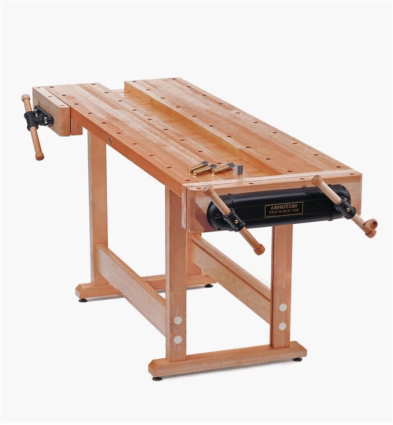 05A0101 - Veritas Bench with Hardwood Base
