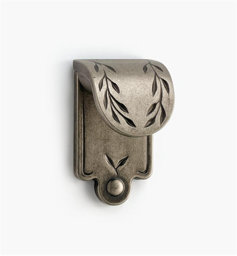02A0613 - Leaf Finger Pull, Weathered Nickel
