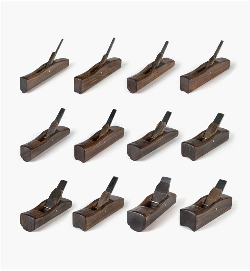 07P1690 - Set of 12 Traditional Asian Hollow & Round Planes