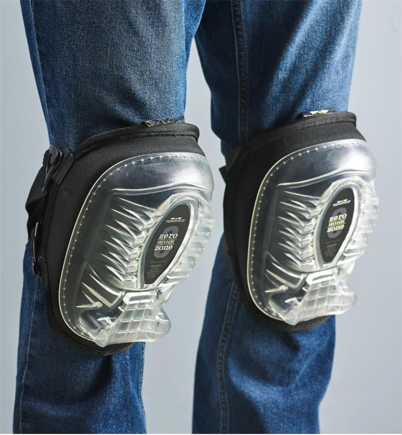 Front view of the small premium knee pads