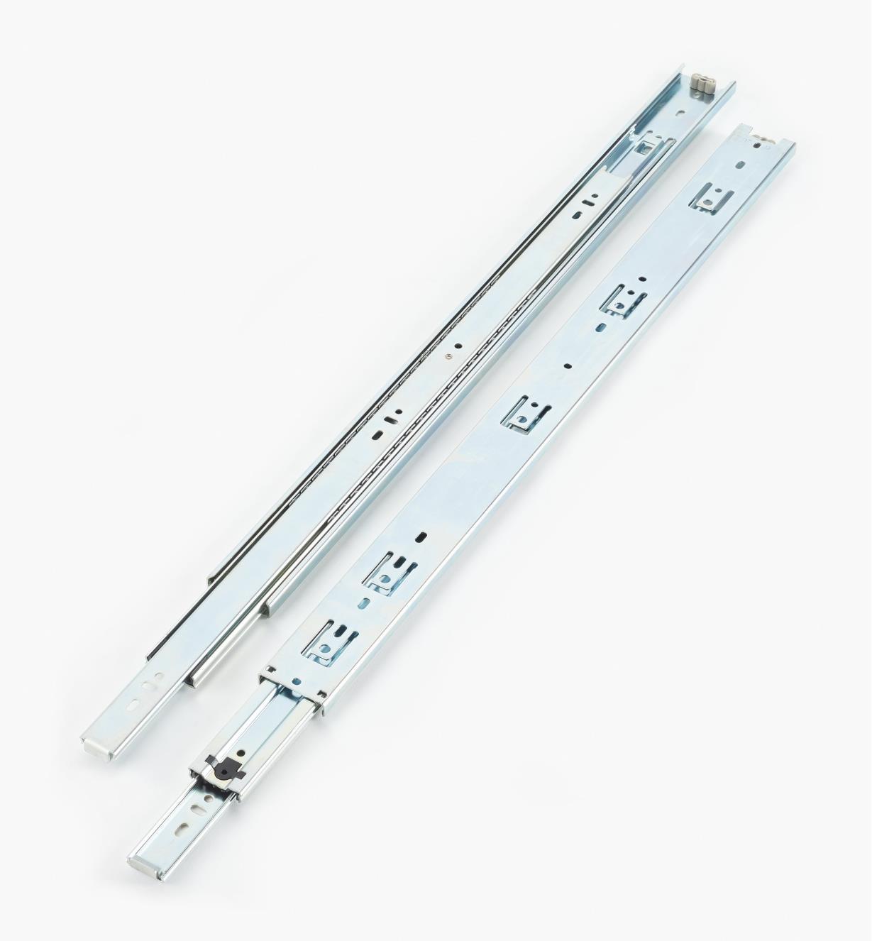 02K3024 - Coulisses de 24po à extension complète pour charge de 100lb, fini zingué, la paire
