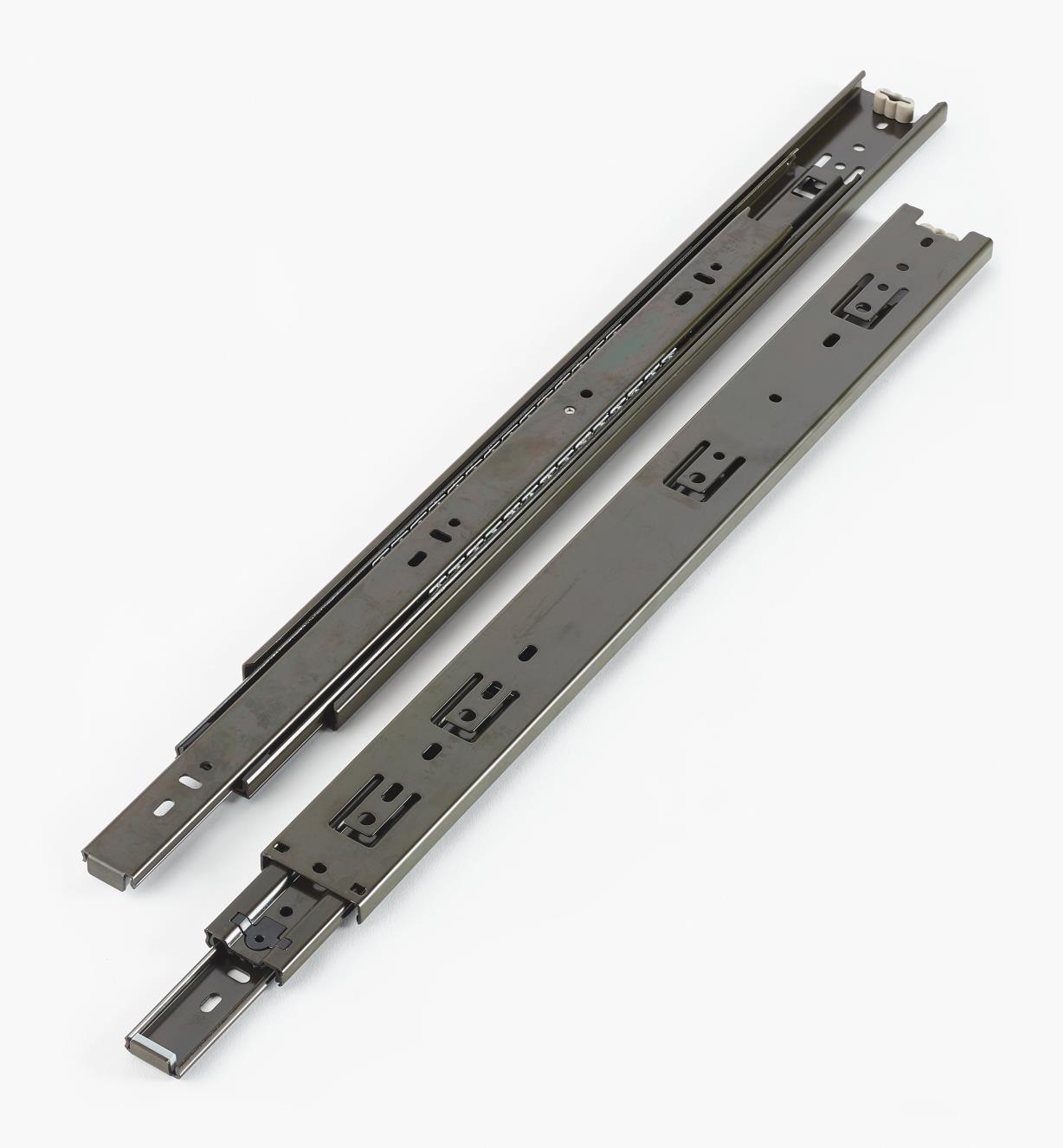02K3618 - Coulisses de 18po à extension complète pour charge de 100lb, fini noir, la paire