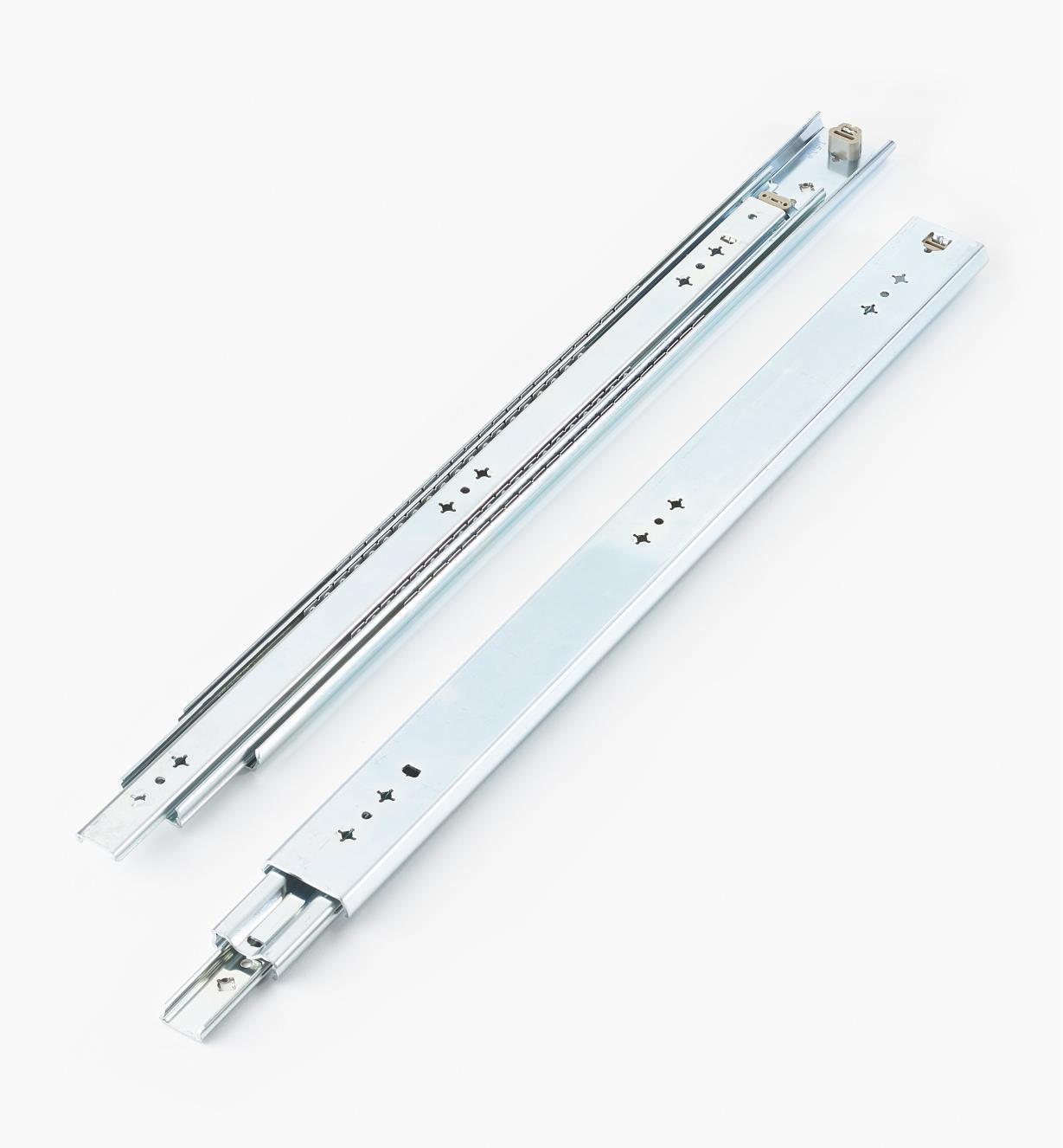02K3224 - Coulisses de 24po (600mm) à extension complète pour charge de 200lb, la paire