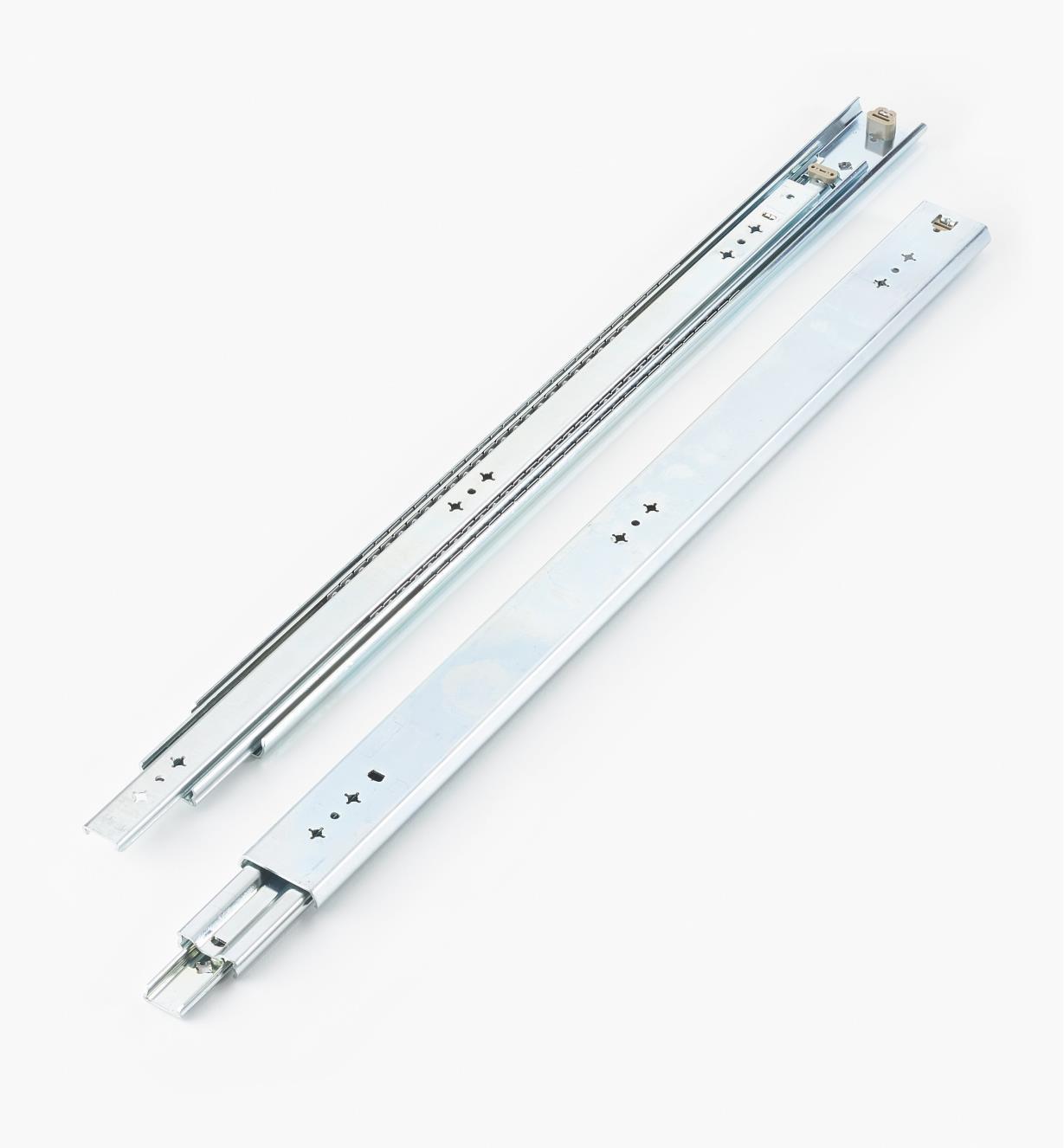 02K3228 - Coulisses de 28po (700mm) à extension complète pour charge de 200lb, la paire