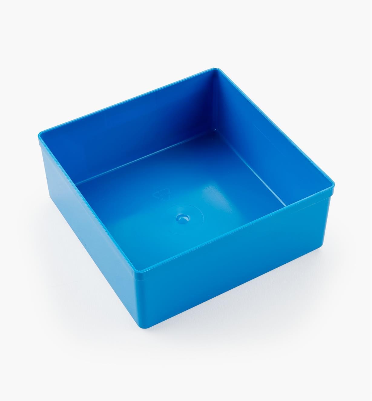 27K8013 - Godet bleu de 43 mm x 105 mm x 105 mm (1 11/16 po x 4 1/8 po x 4 1/8 po), l'unité