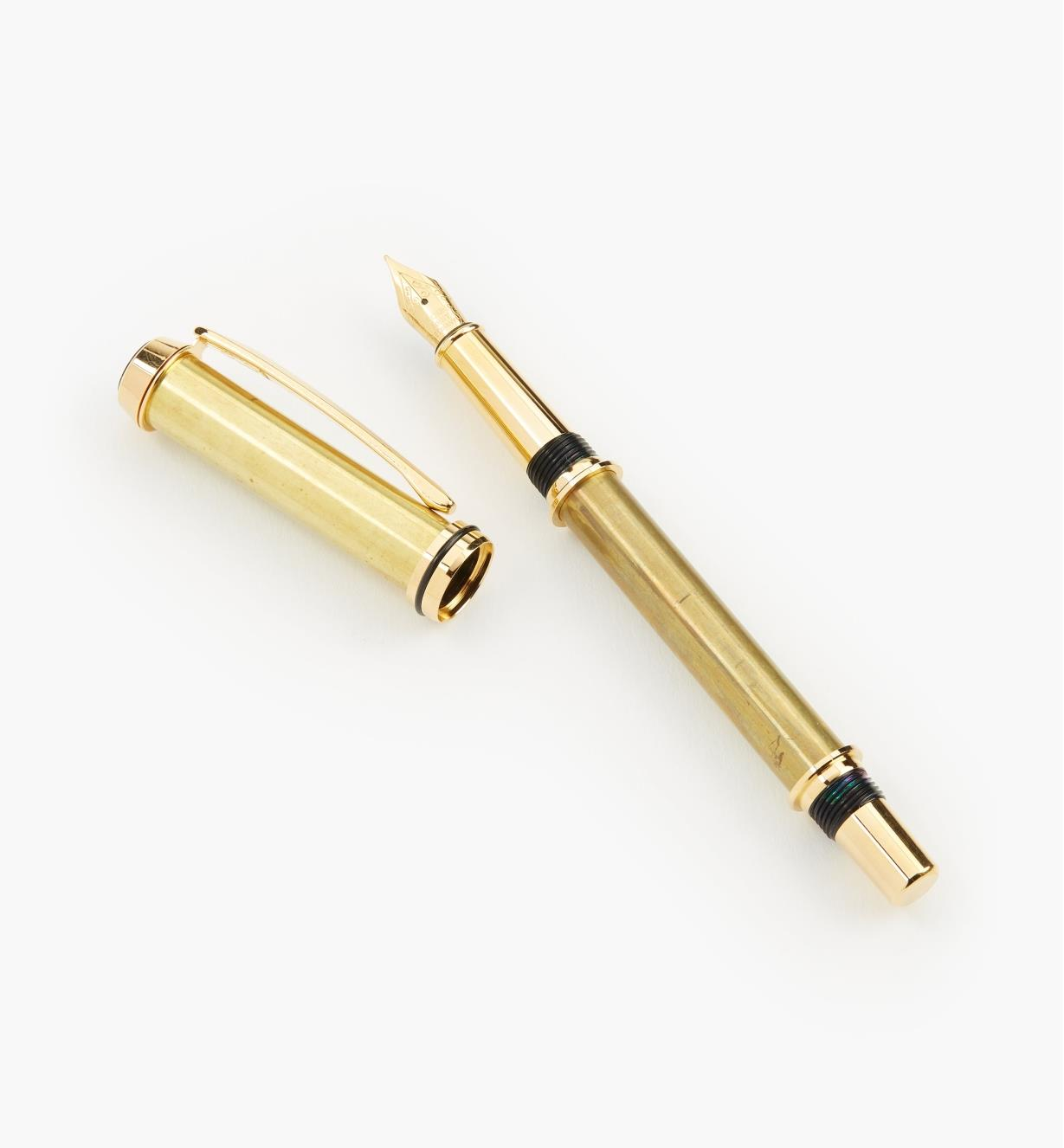 88K7672 - Baron Fountain Pen, Titanium-Gold