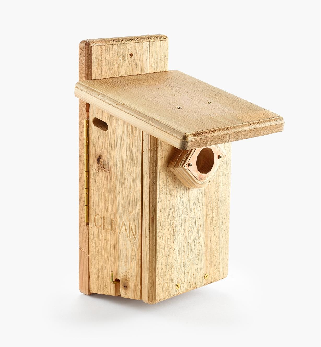 AG118 - Cedar Bluebird House