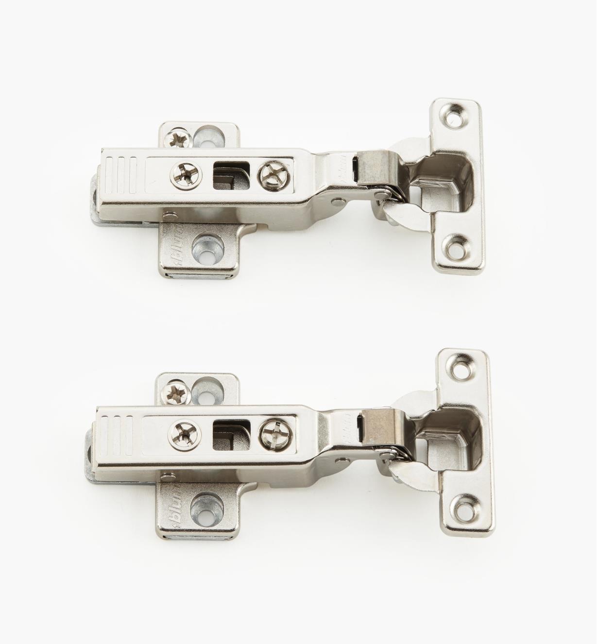 00B1402 - 94° Half Overlay Clip Mini Hinges, pr.