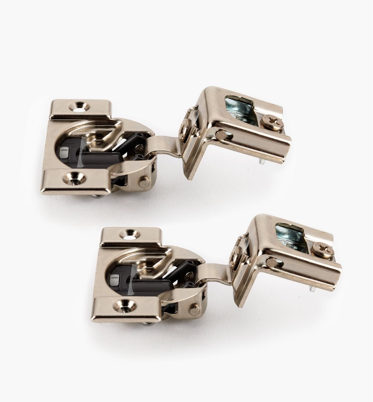 00B1815 - Compact Blumotion 110° Overlay Hinge, pair