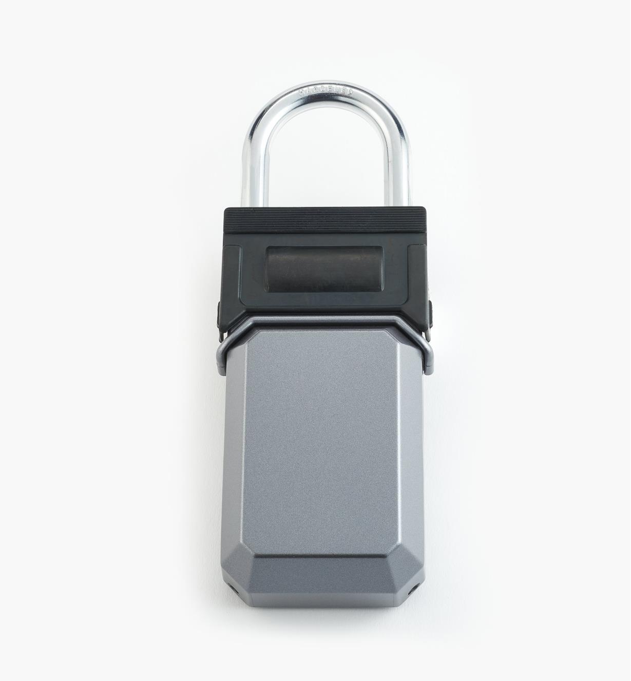 00F3901 - Lockbox with Shackle
