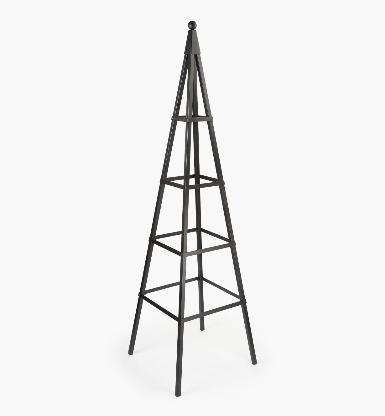 PD242 - Pyramid Obelisk
