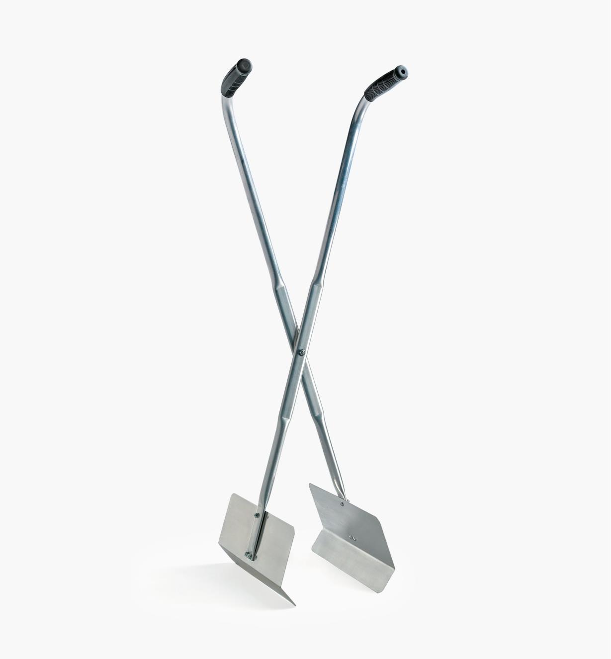 XM515 - Grab Poles