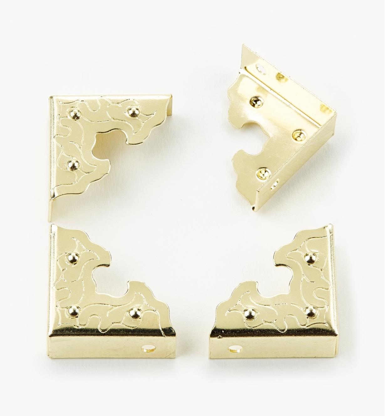 00D4470 - Brass-Plated Filigree Corners (4)