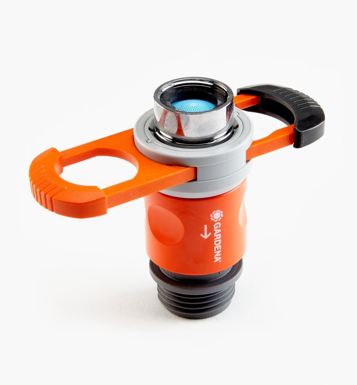 XC474 - Indoor Faucet Adapter