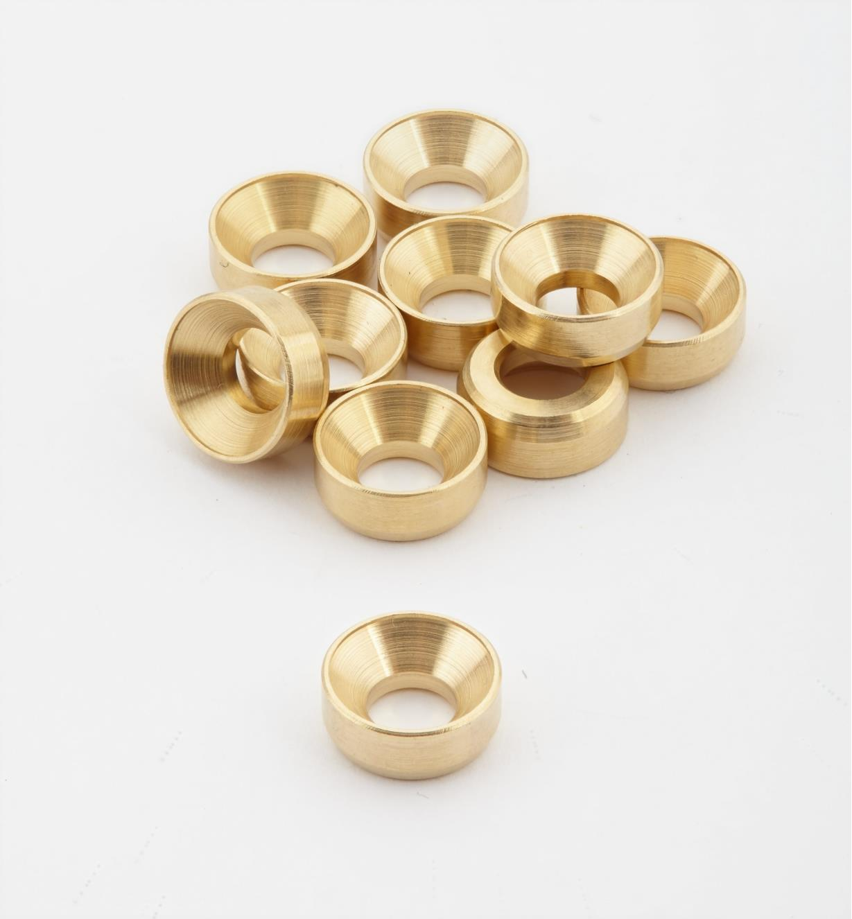 01K7002 - #8 Brass Washers, pkg. of 10