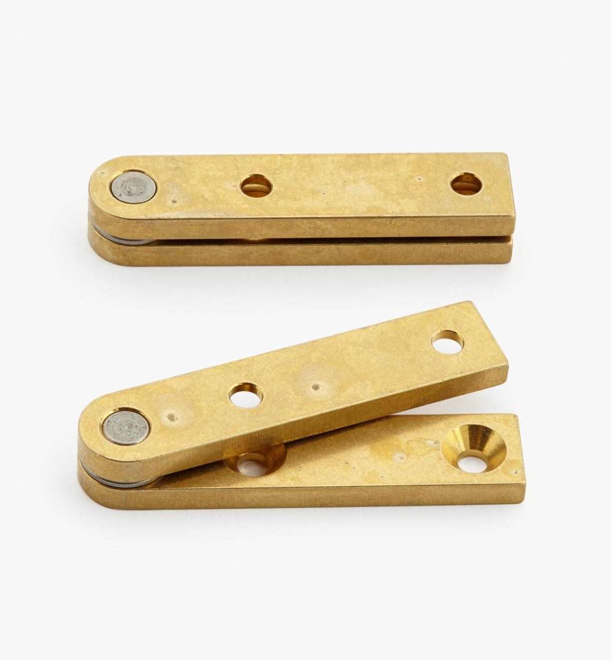 "05H0106 - 3/8"" x 1 3/4"" x 1/8"", Brass Straight Knife Hinges, pair"