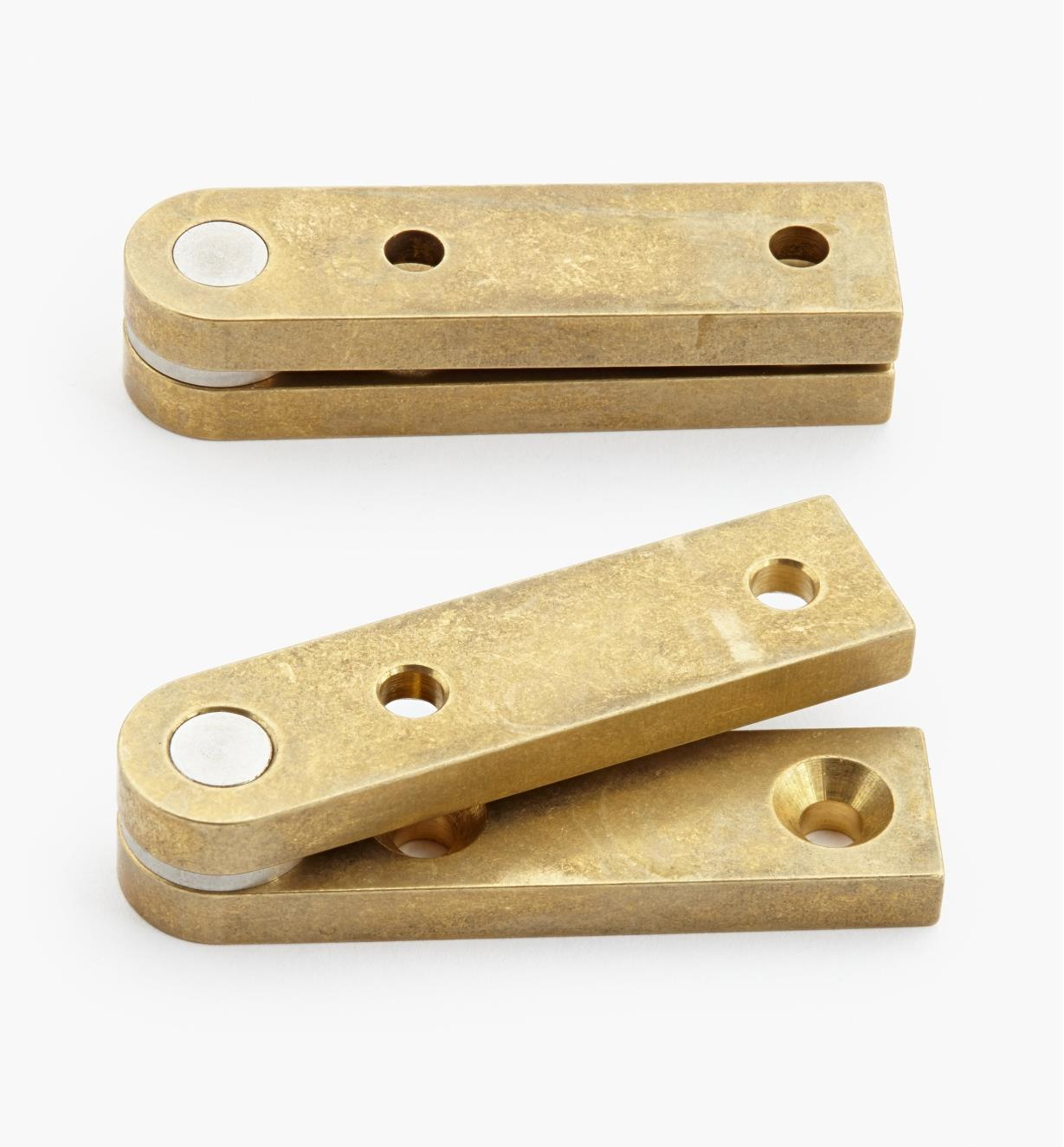 "05H0108 - 1/2"" x 2"" x 3/16"", Brass Straight Knife Hinges, pair"