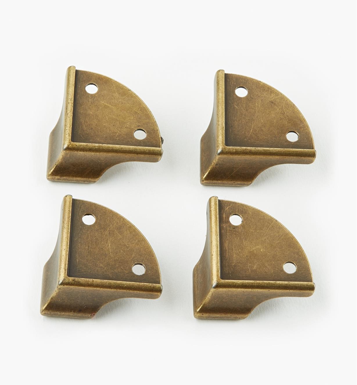 05H3152 - Pieds de coffret coulés, anglais antique, lepaquetde4