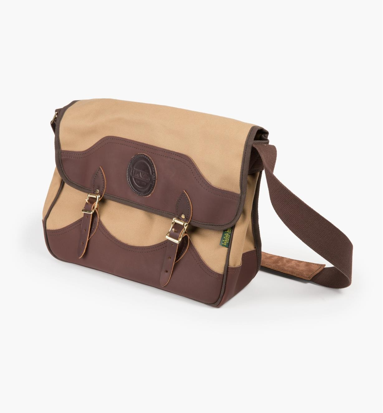 45K1888 - Lee Valley Shoulder Bag