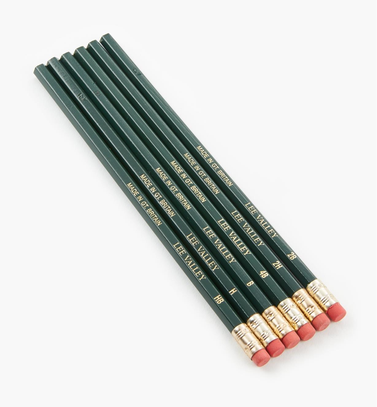 83U0410 - Lot échantillon de 6 crayons