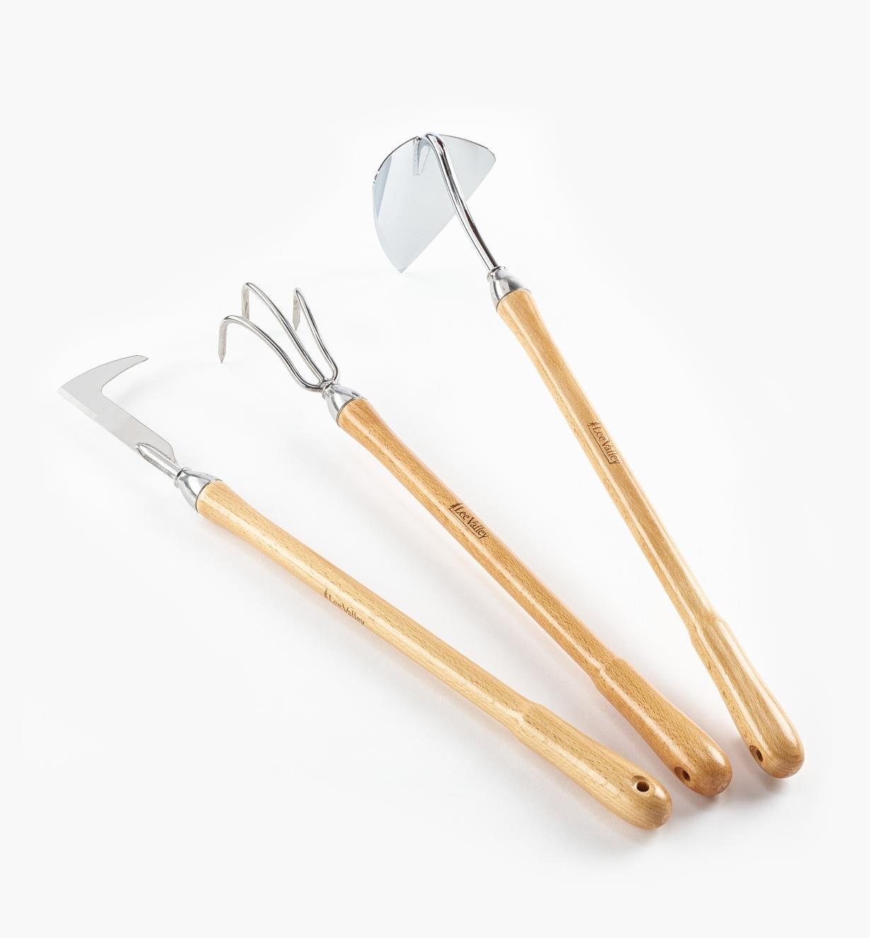 AB672 - Jeu de 3 outils de jardinage à manche mi-long Lee Valley – binette pointue, sarcloir, couteau à désherber