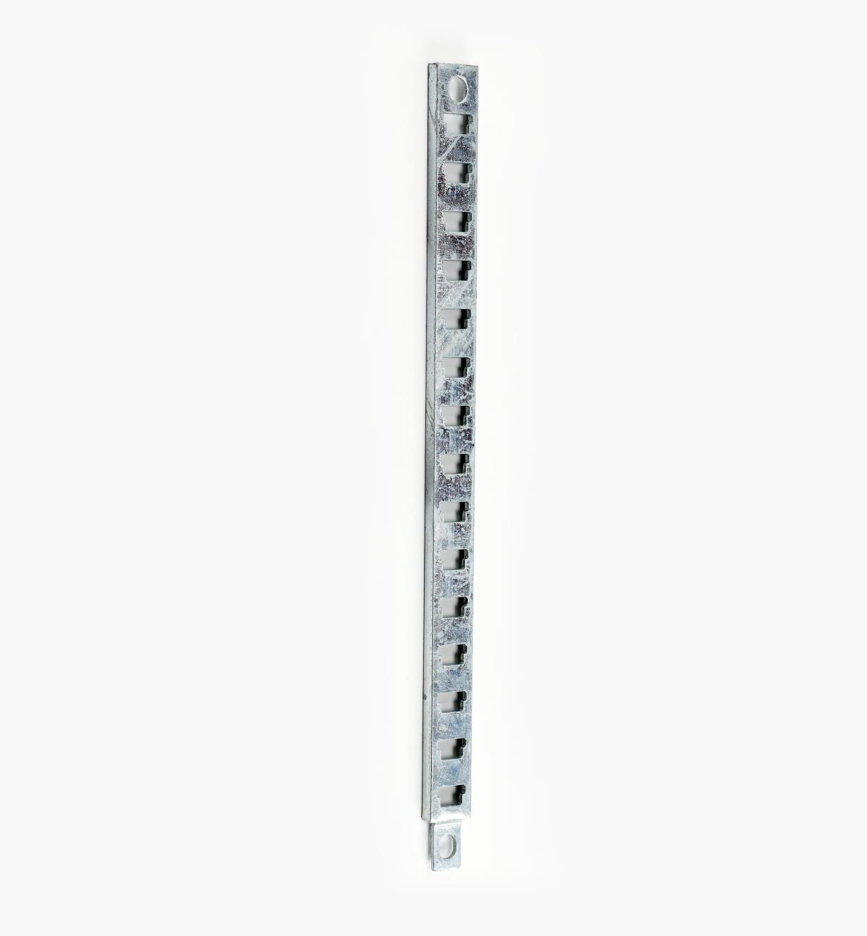 17K2002 - Crémaillère de 24po de longueur, l'unité