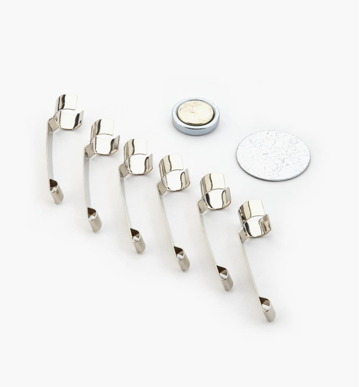 05N5201 - Magnetic Holder with 6 Clips