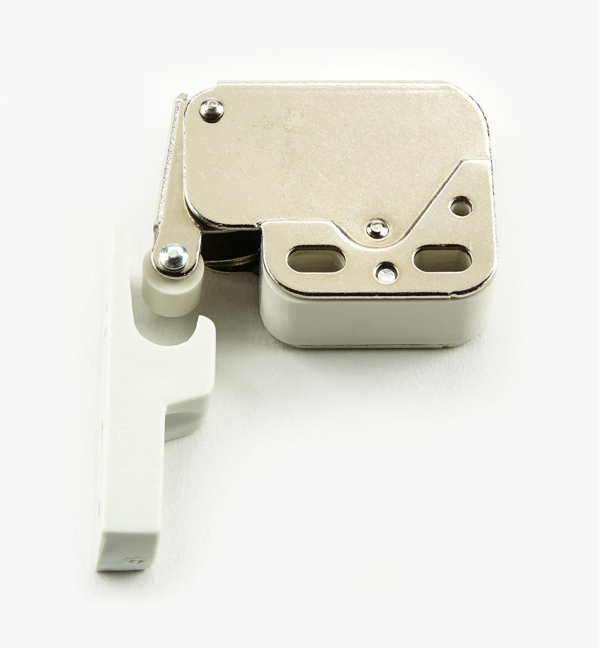 01L0102 - Nickel/White Plate Mini-Latch
