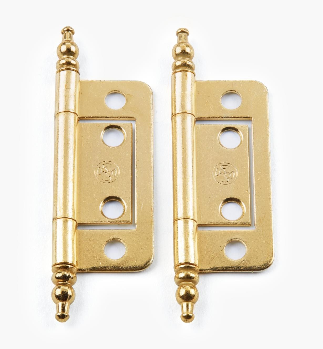 "00H5212 - 2"" × 11/16"" Brass Plate Finial-End No-Mortise Hinges, pr."
