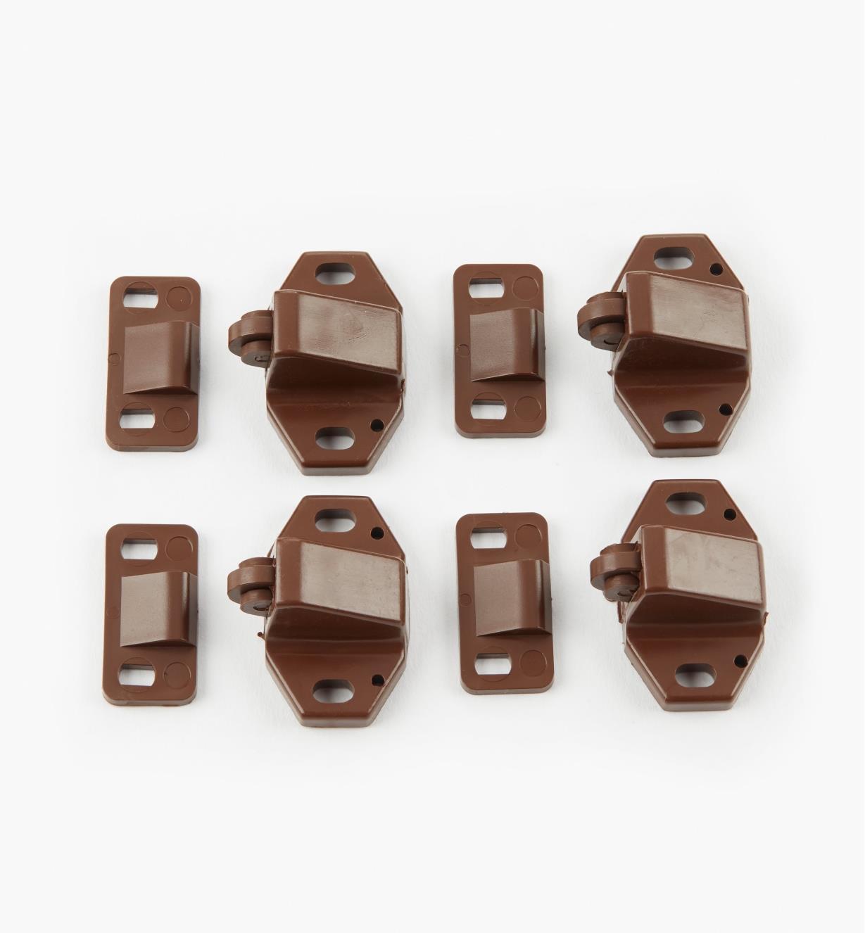 01L0201 - Loquets à rouleau, fini brun, le paquet de 4