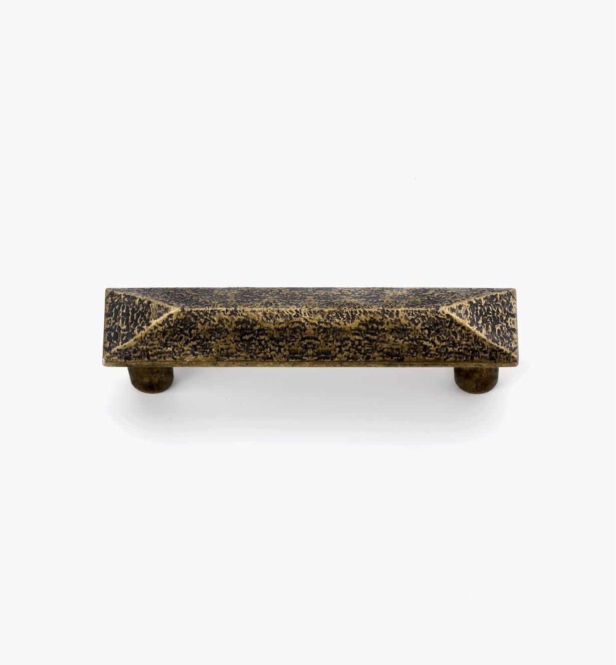 02A4454 - Poignée à quatre versants, fini laiton antique, 76mm