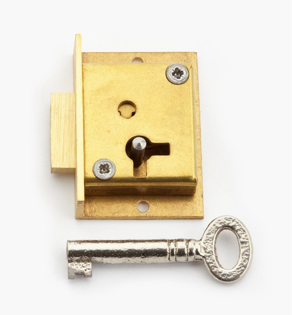 "00P3016 - 1 1/2"" Standard Cut Cupboard Lock (L)"