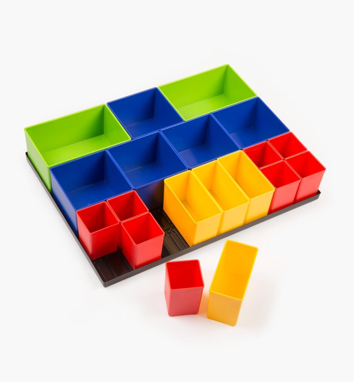 68K4653 - Tray & 19 Modular Boxes