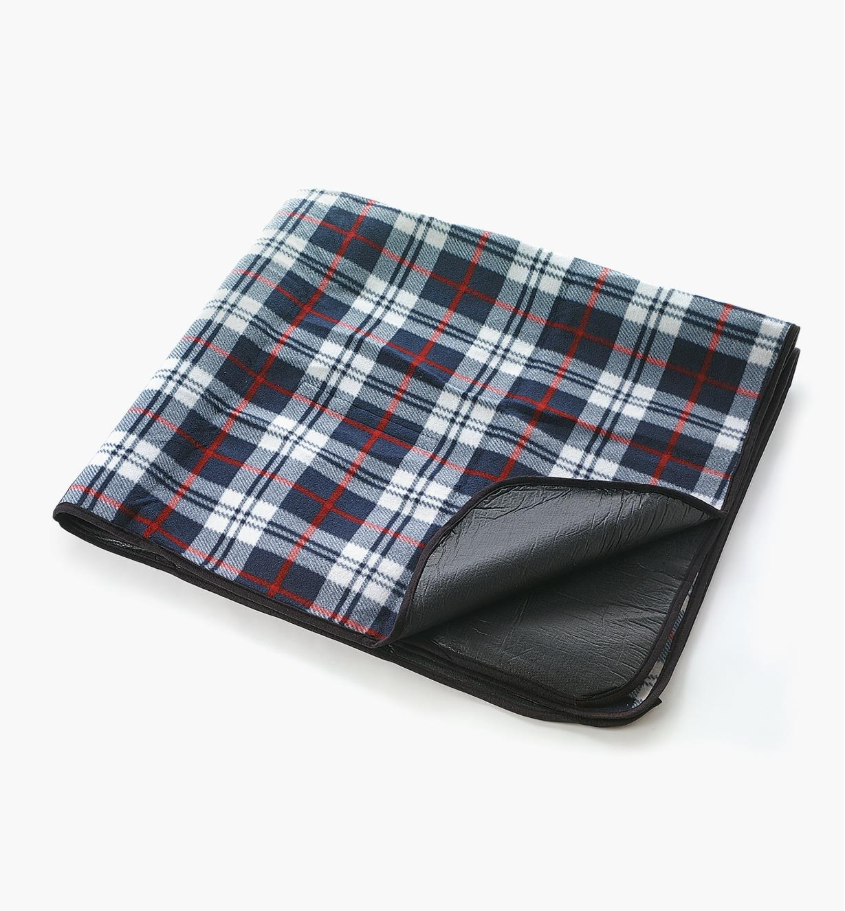 09A0472 - Tartan Outdoor Lined Blanket