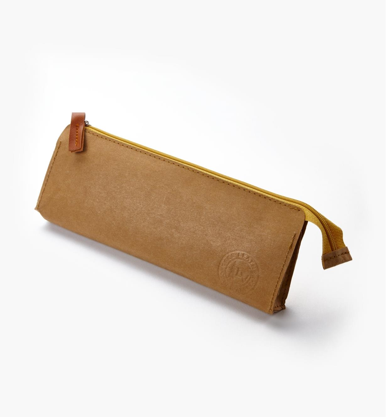 09A0939 - Tree Leather Zippered Pouch