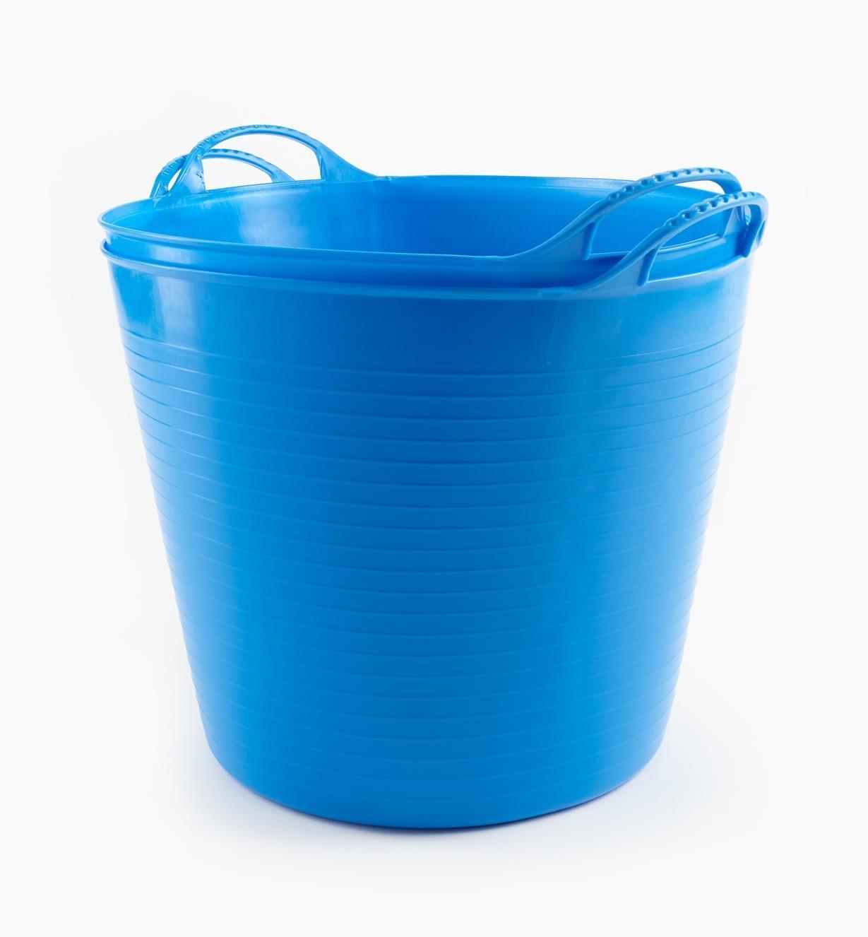 WT640 - 26l Blue Tubs, pair