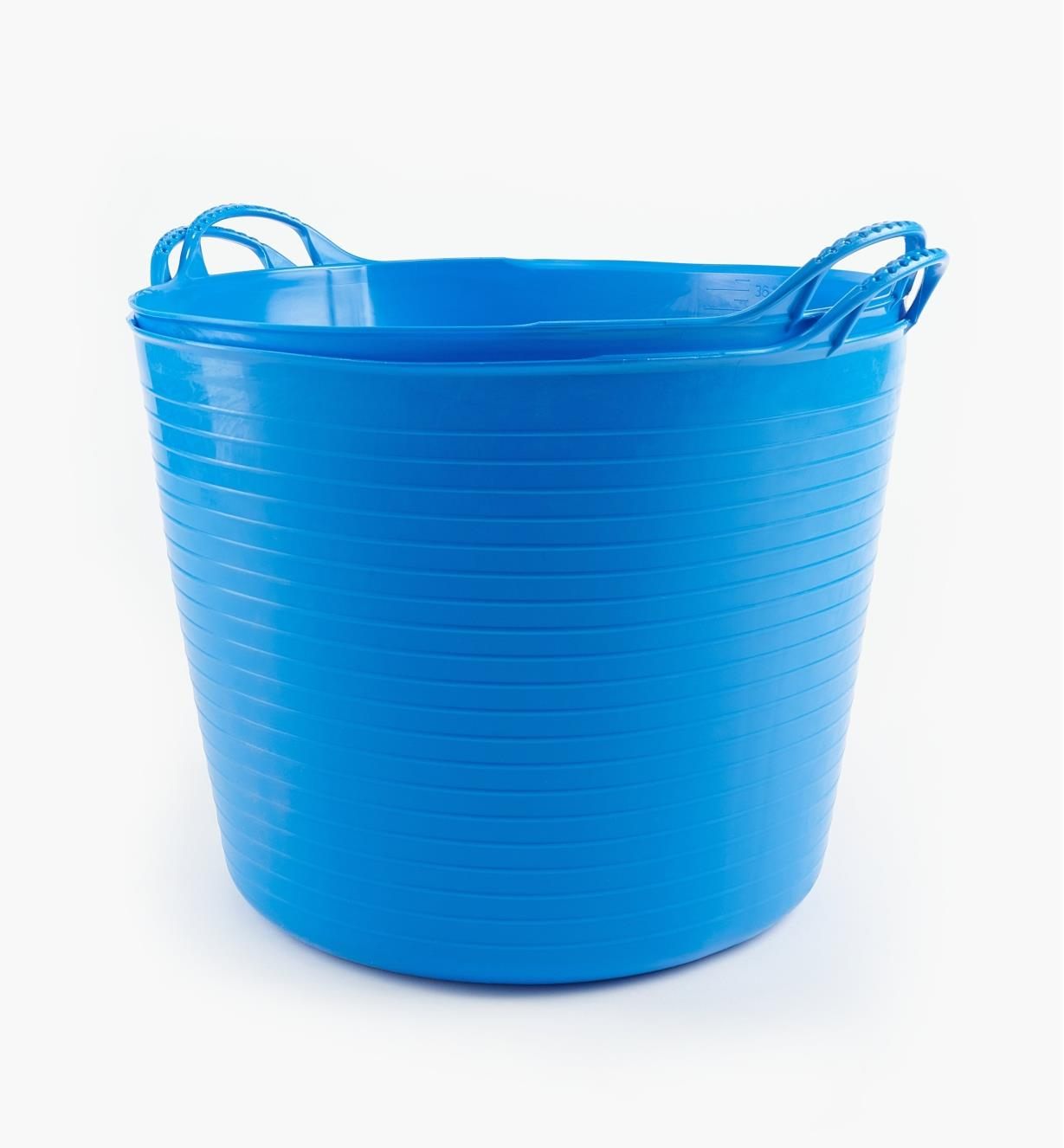 WT645 - 38l Blue Tubs, pair