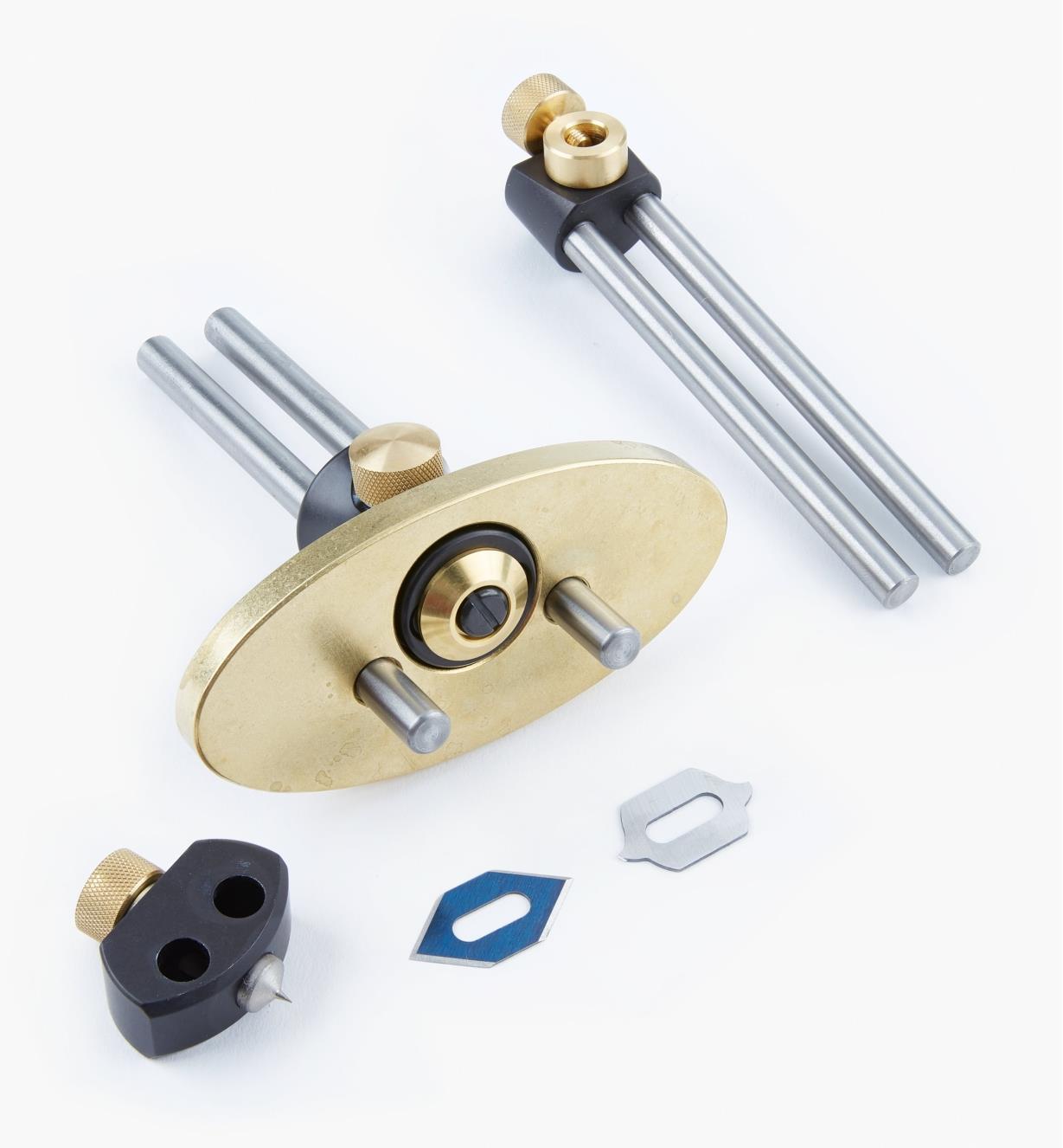 05K1122 - Couteau pour incrustation, pointe de compas et porte-crayon