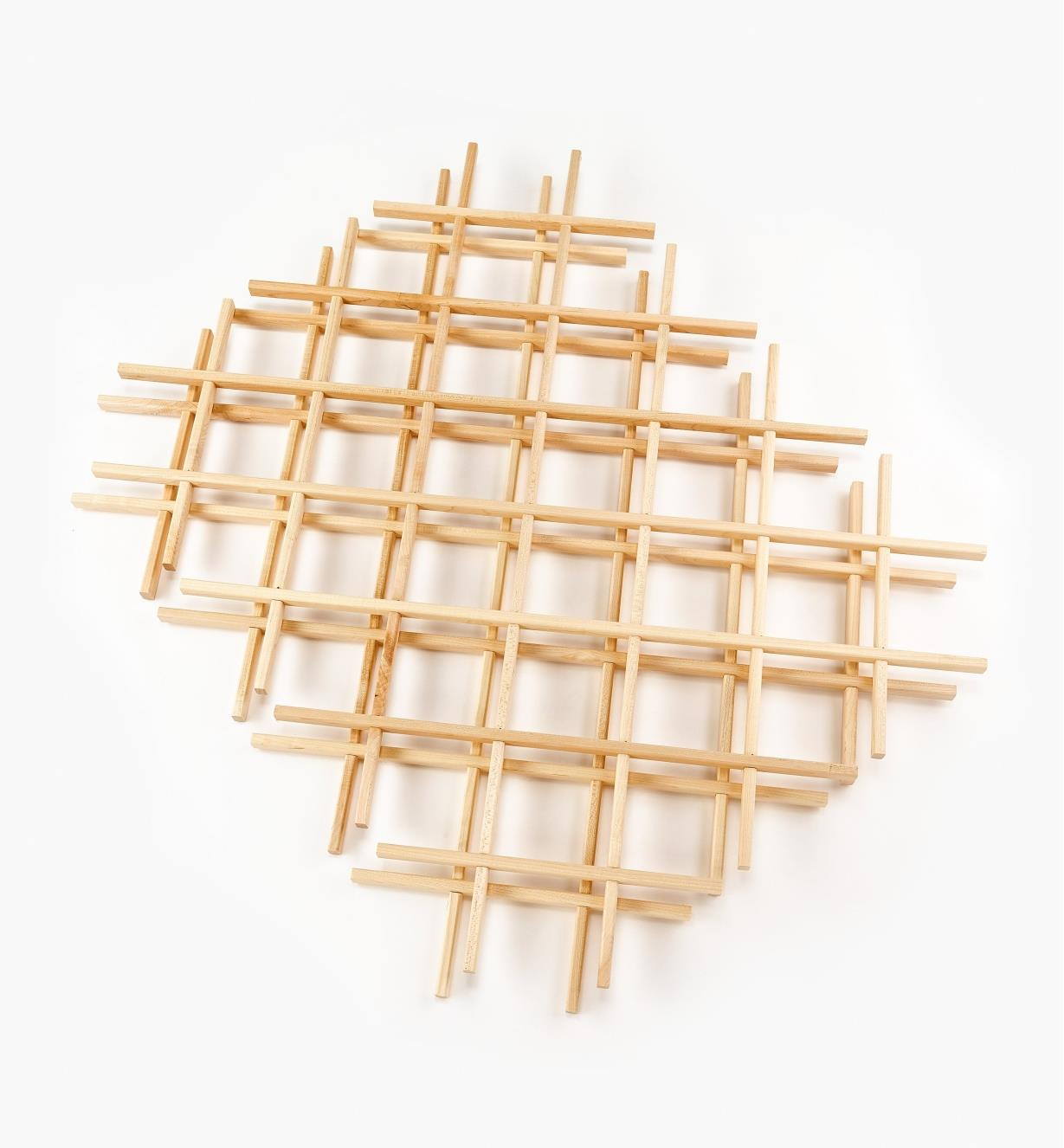 "12K7440 - 24"" x 30"" Maple Lattices, pr."