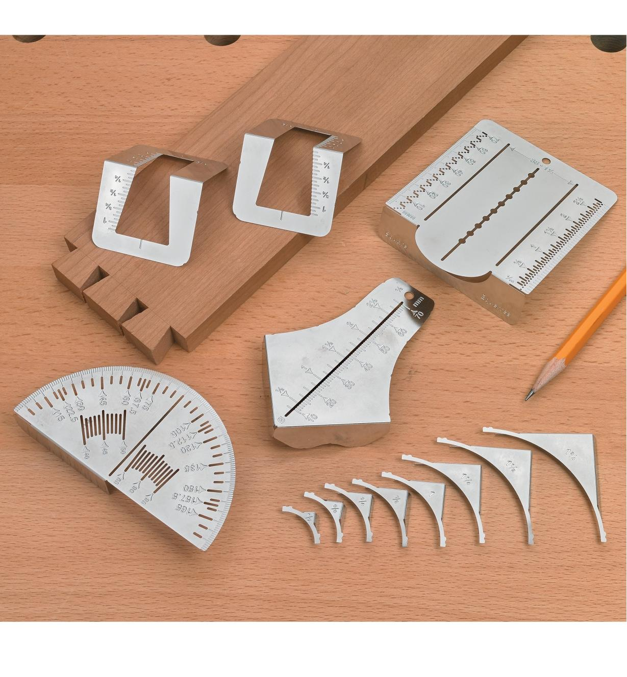 Wallet Tool Cards folded into three-dimensional shapes