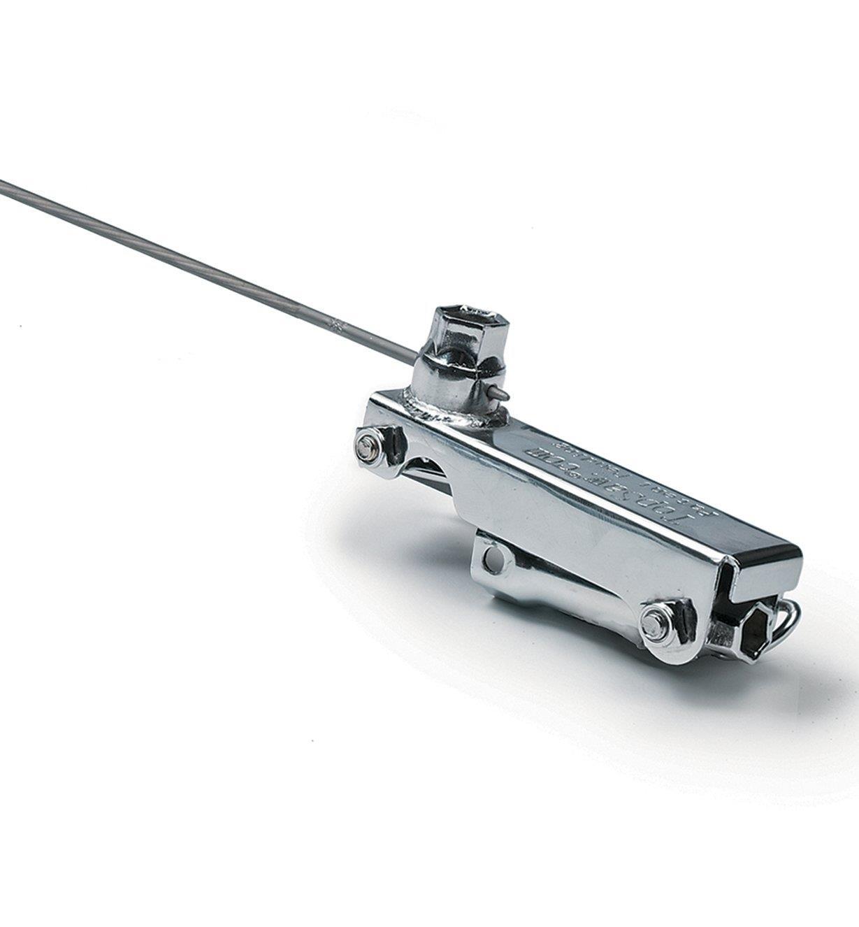 77U0601 - Outil multifonction pour scie à chaîne