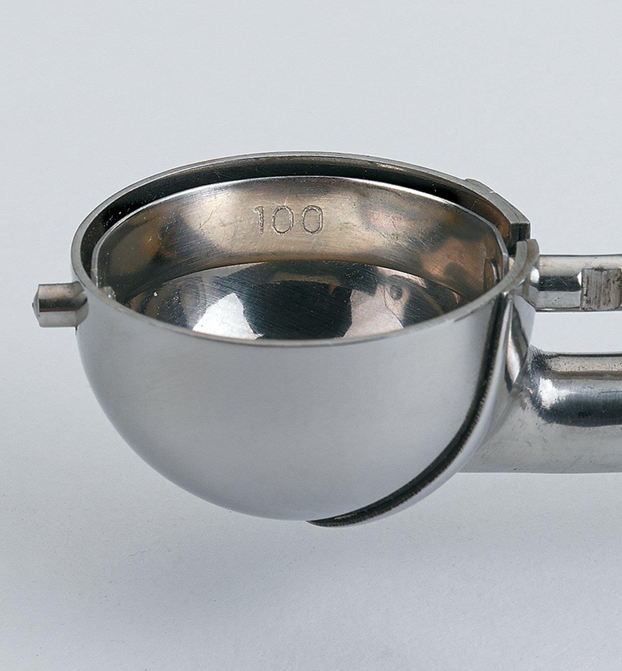 EV352 - Cuillère no100, 11/8po de diamètre