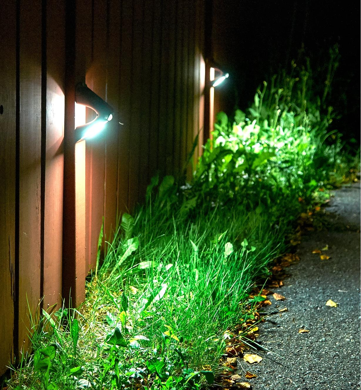 99W7343 - Motion-Sensing Solar LED Light, each