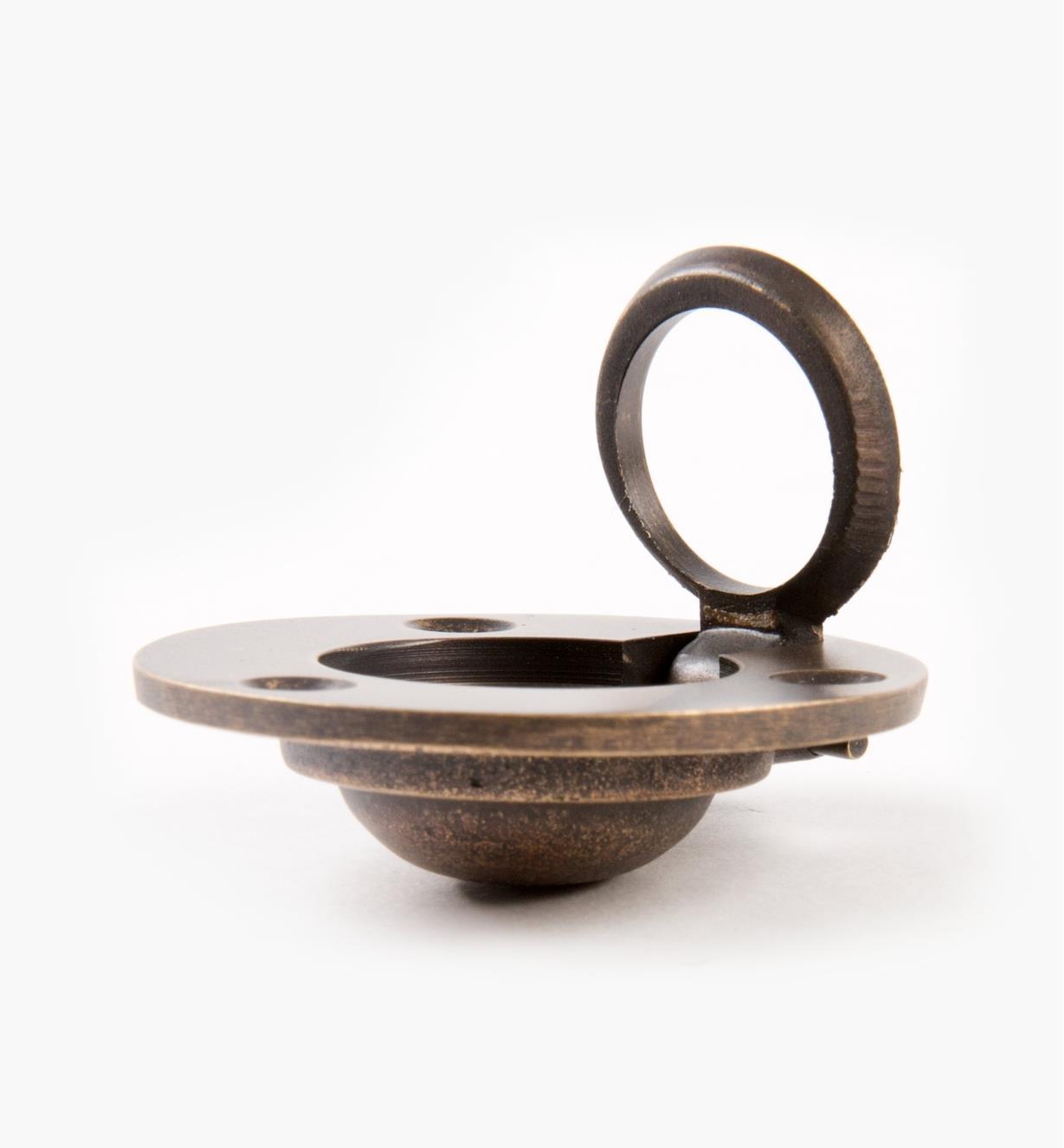 00A1824 - Poignée à anneau encastré forgée circulaire, 113/16po